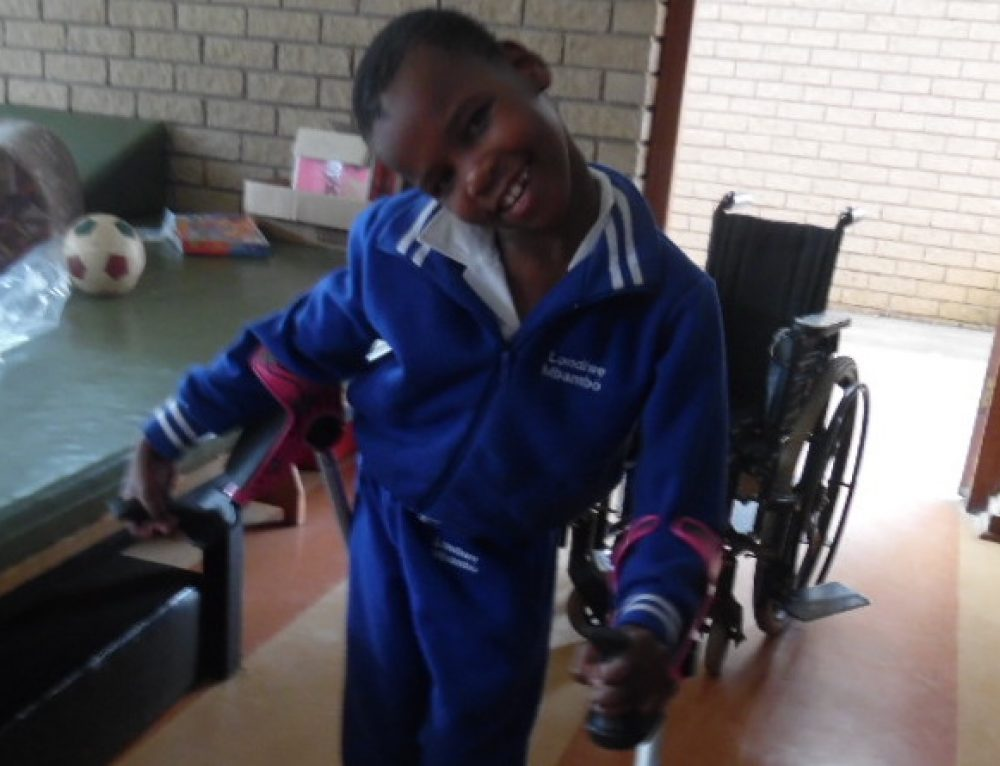 eNews #4 (smart) CRUTCHES for Africa (Enthembeni School)!